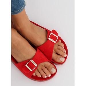 Pohodlné dámské pantofle červené barvy s nastavitelnou přezkou