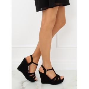 Černé elegantní dámské sandály na platformě semišové