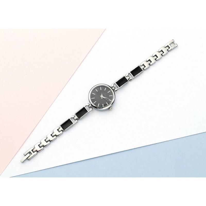 68cc7622d Elegantní dámské hodinky s kovovým páskem a černým ciferníkem