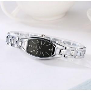 Dámské stříbrné hodinky s černým ciferníkem a vsazenými krystalky