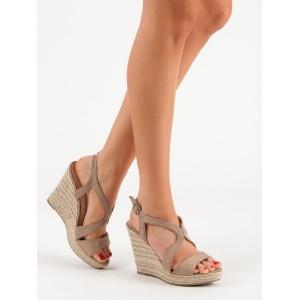 Moderní dámské béžové sandály na vysoké platformě s pleteným vzorem