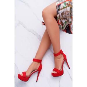Vysoké dámské semišové sandály červené barvy na platformě