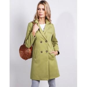 Dámský kabát rovného střihu nad kolena v hráškové barvě na knoflíky