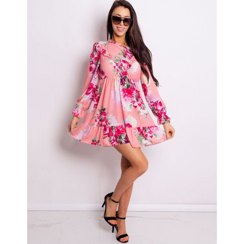 Krátké dámské květované šaty růžové s volány 2cd0c24f79