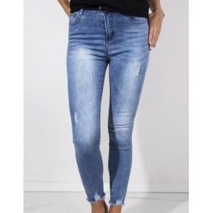 Dámské modré džíny s trendy prešúchaním