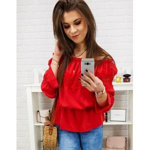Moderní dámská halenka v červené barvě s krátkými rukávy