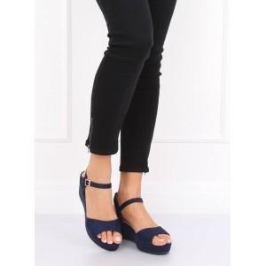 Tmavě modré dámské semišové sandály s páskem a na platformě