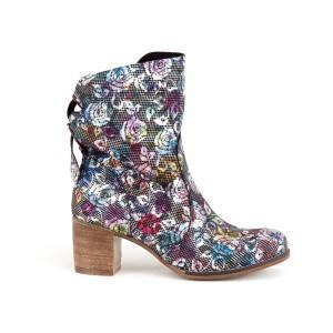 Stylová dámské kožený černé boty na boční zip s motivem květů
