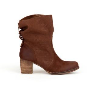 Luxusní dámské kožené hnědé boty kovbojky s přezkou