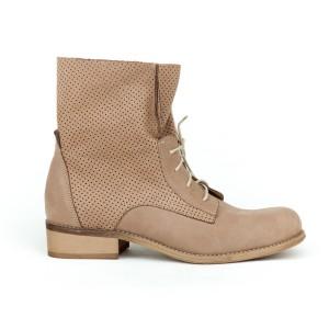 Stylové dámské kožené kotníkové boty v barvě kávy a šňůrkami
