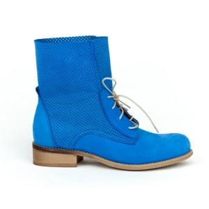 Sportovní safírově modré dámské kožené boty na šněrování