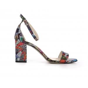 Dámské kožené barevné sandály s páskem a módním podpatkem