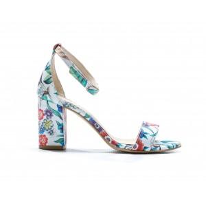 Letní dámské kožené sandály bílé s květinovým motivem a na podpatku