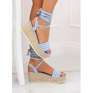 Originální dámské sandály pruhované na platformě s vázáním kolem nohy