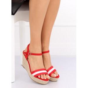 Červené dámské letní sandály na pletencový platformě