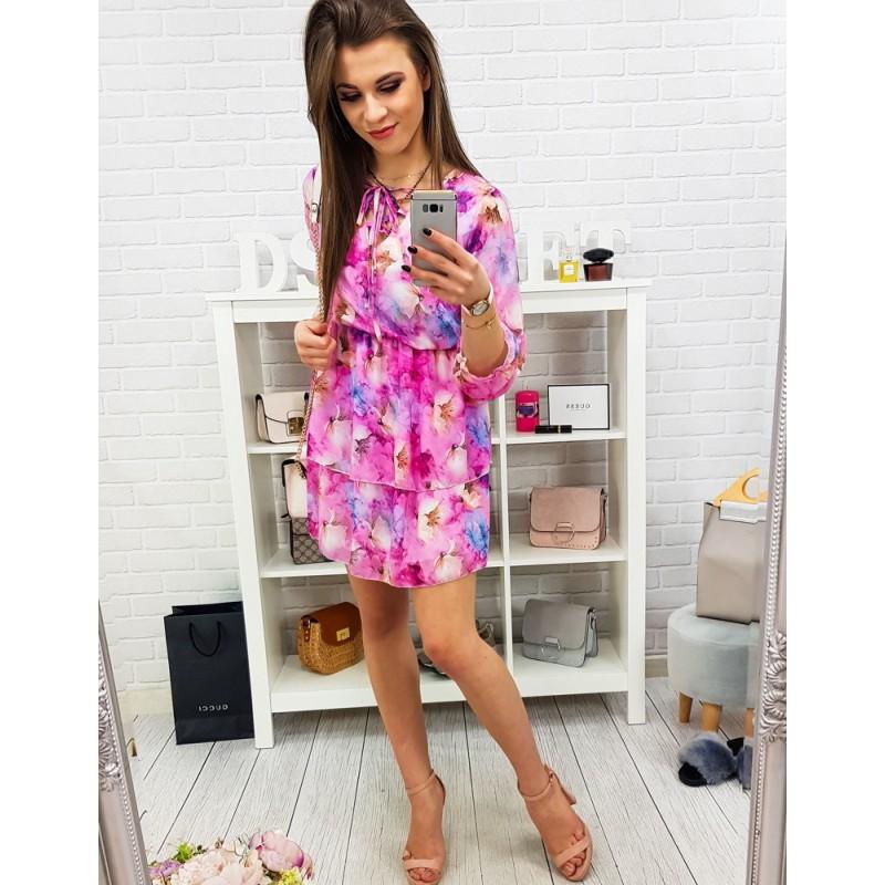0ed037079779 Výrazné dámské letní šaty v růžové barvě s ozdobnými květinami