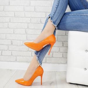 Elegantní dámské oranžové lakované lodičky na vysokém úzkém podpatku