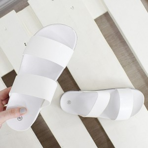 Originální dámské bílé gumové pantofle na pláž