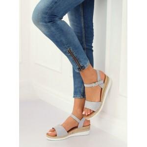 Stylové dámské šedě stříbrné sandály s páskem a na nízké platformě