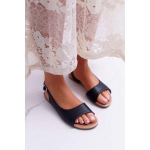 Pohodlné nízké dámské sandály v černé barvě a trendy designem