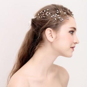 Stylová korunka do vlasů pro nevěsty