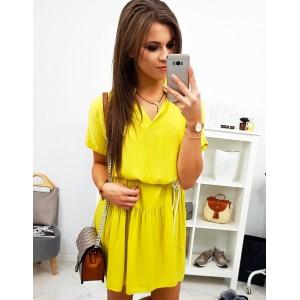 Dámské šaty s výstřihem ve žluté barvě