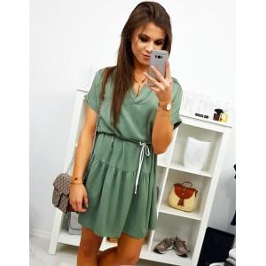 Zelené dámské šaty s výstřihem
