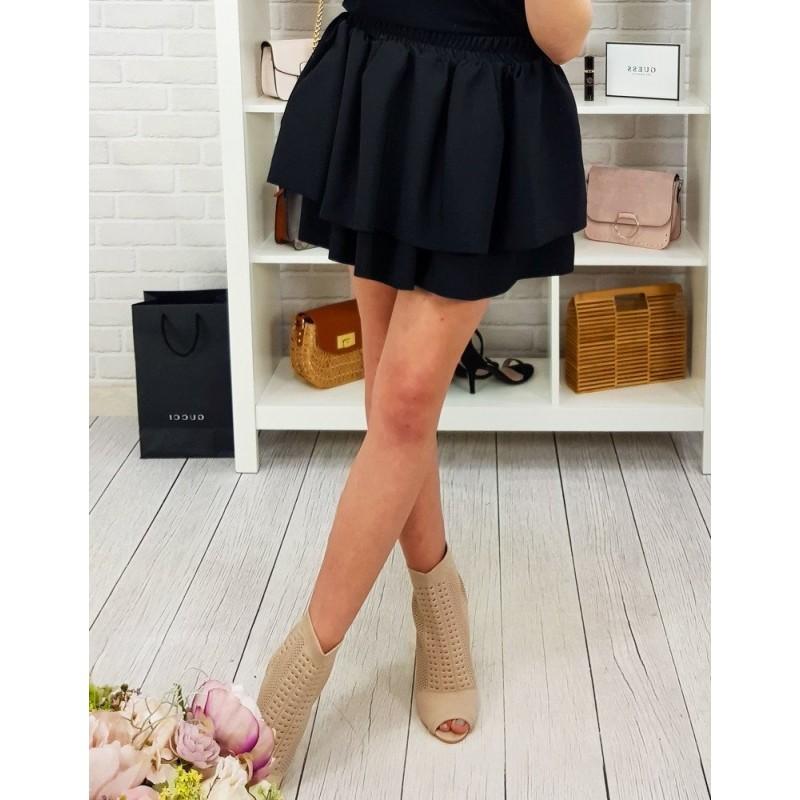 5842e32eba10 Dámská mini černá sukně ze dvou vrstev s bočními kapsami