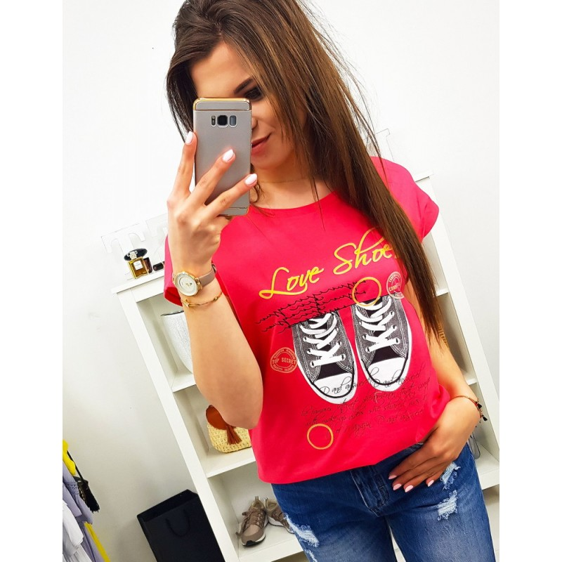 30d30466deea Street dámské tričko v krásné malinové barvě s potiskem tenisek