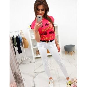 Trendy dámské tričko v krásné malinově červené barvě s potiskem