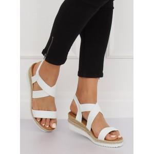 Bílé letní dámské sandály na vyvýšené platformě