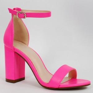 Stylové neonově růžové dámské sandály na vysokém tlustém podpatku