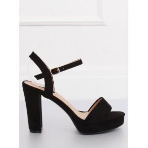 Elegantní dámské sandály na platformě černé barvy