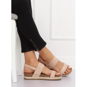 Nízké sandály na korkové podrážce růžové barvy