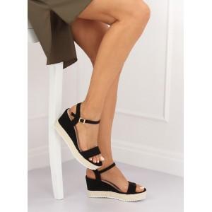 Černé dámské sandály na vysoké platformě