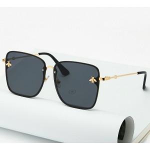 Originální kovové sluneční brýle černé barvy