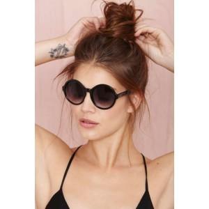 Trendové sluneční brýle černé barvy
