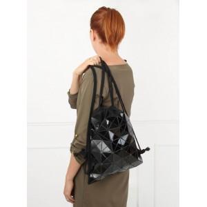 Černý sportovní batoh na záda