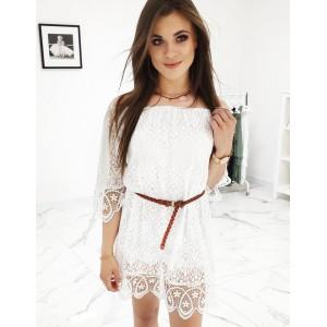 Dámské krajkové šaty na léto v bílé barvě