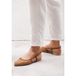 Dámské hnědé sandály bez podpatku