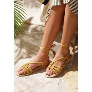 Žluté dámské gladiátorky na léto