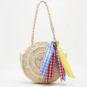 Stylová pletená kabelka na léto