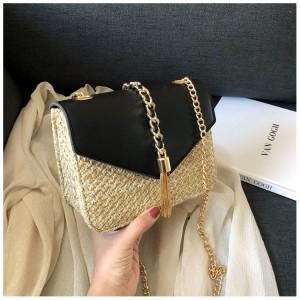 Dámská pletená kabelka v černé barvě
