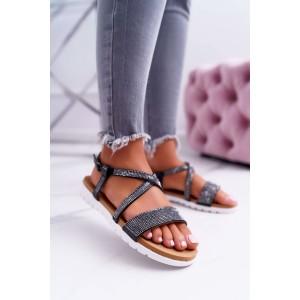 Moderní černé dámské sandály na nízké podrážce a se zirkony