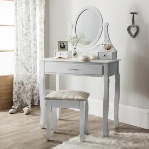 Bílý toaletní stolek na kosmetiku se zrcadlem