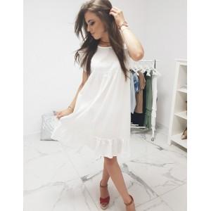 Romantické bílé dámské šaty s volánem na rukávech a v dolní části