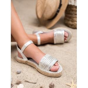 Pohodlné dámské letní stříbrné sandály na pletencový platformě