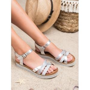 Dámské stříbrné sandály s pruhy na trendy stříbrné platformě