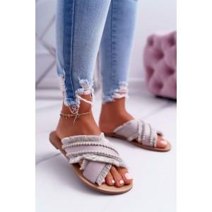 Módní dámské béžové pantofle překříženého designu a s třásněmi