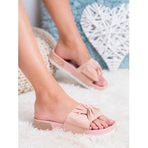 Trendy dámské růžové sandály se zirkony v podrážce